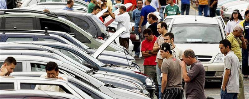 CUIDADO! Com a quilometragem de carros usados
